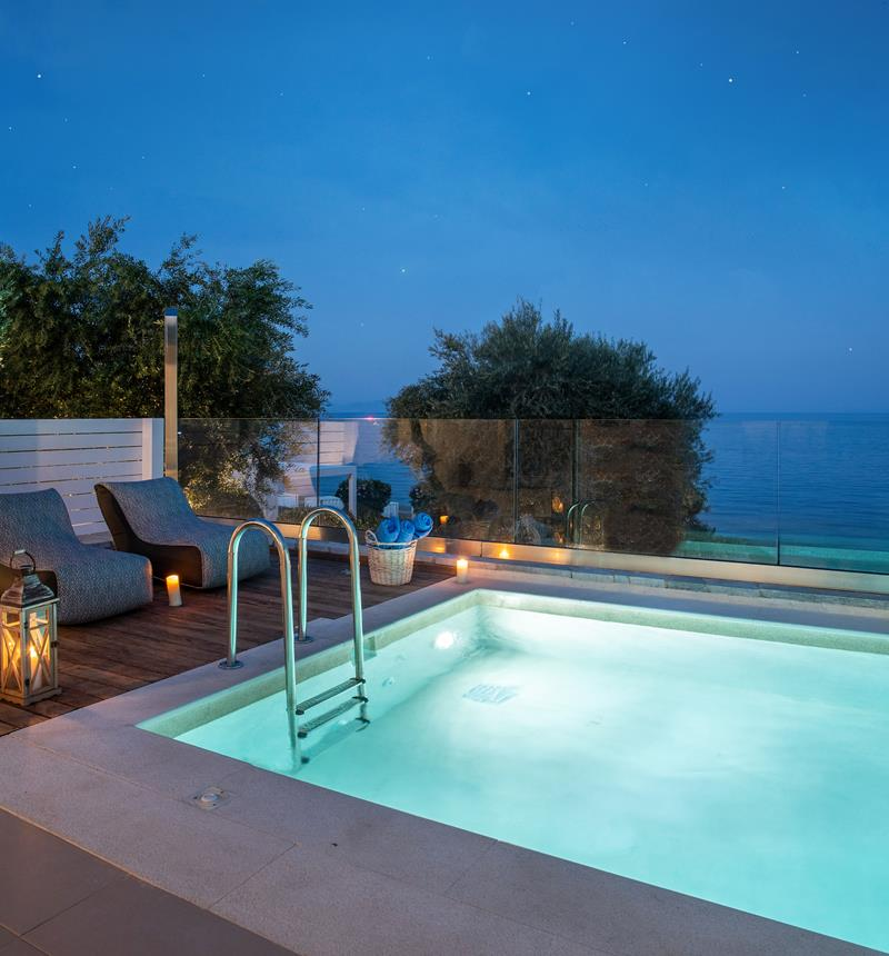 PREMIUM RESIDENCE SEA VIEW & PRIVATE MINI POOL